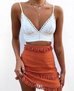 LOVING HER STUNNING, FRINGED SKIRT WORN WITH GORGEOUS WHITE, LACEY TOP! - LOOKS FABULOUS!