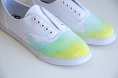 I definitely have to try this DIY Ombre Watercolor Shoes of Lovely Indeed!!!