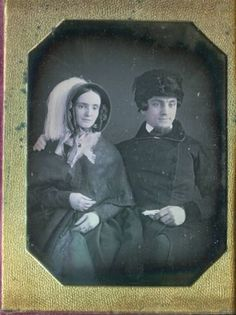 Antique-Cased-1-4-Plate-Daguerreotype-Man-Woman-with-Fancy-Feathered-Hat