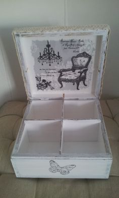 *Vintage look Decoupage Box*