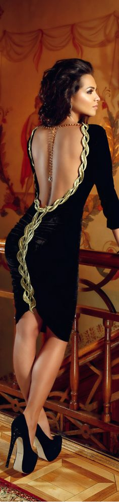 Elegant black velvet dress, with gorgeous golden detail gives a charming vintage look. Gorgeous golden deta ヅ♥✿♥ヅ Elegant Dresses, Sexy Dresses, Short Dresses, Prom Dresses, Formal Dresses, Backless Dresses, Dresses 2016, Beauty And Fashion, Look Fashion