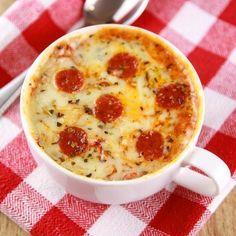 Schnelles Abendessen: Pizza in der Tasse
