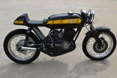 yamaha rd400 cafe racer - Google Search