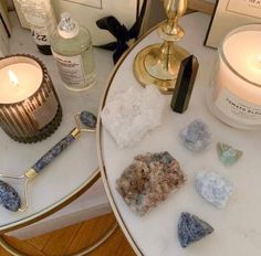Witch Aesthetic, Aesthetic Room Decor, Retro Aesthetic, My New Room, My Room, Crystals And Gemstones, Stones And Crystals, Bedroom Inspo, Bedroom Decor