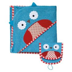 There's an owl on your towel!