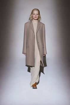 The Row Fall 2016 Ready-to-Wear Collection Photos - Vogue