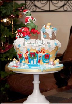 Grinch Birthday Cake - this is so great!