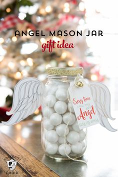 Cute Angel Christmas Mason Jar Gift Ideas and printable Christmas tags and angel wings on polkadotchair.com