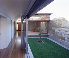 A modern take on an old Victorian architectural style… | Designhunter