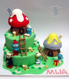 The Smurfs - by carobniuzitakcakes @ CakesDecor.com - cake decorating website