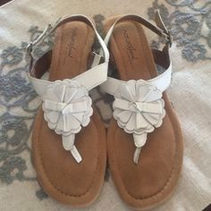 Naturalizer sandals So cute for summer. Worn only a few times. Naturalizer Shoes Sandals