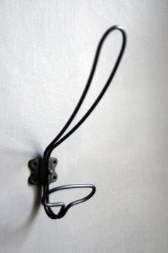 simple vintage style hooks