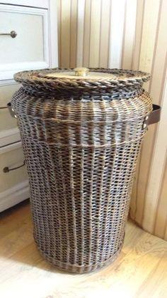 Фотография Sculpture Art, Sculptures, Storage Baskets With Lids, Rattan Basket, Hamper, Storage Organization, Basket Weaving, Craft, Hampers