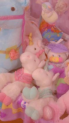 Rainbow Aesthetic, Aesthetic Indie, Pink Aesthetic, Kawaii Wallpaper, Disney Wallpaper, Aesthetic Pastel Wallpaper, Aesthetic Wallpapers, Indie Room, Instagram Frame