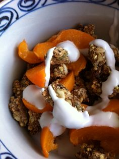 iron rich raw food breakfast Grawnola