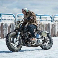 """killer-veloccphotoblog: """" FBA-621 Snow Tyres If reposting or re-blogging, please leave all credits in place. We take no pleasure in blocking. Posted 02/01/17 Killer-Velo Custom Cycles Killer-Velo.cc """""""