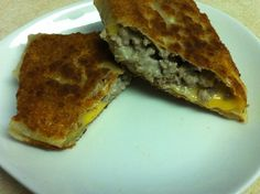 """Philly Cheesesteak Egg Rolls (wit the """"Whiz"""") - KeenAboutFood's posterous"""