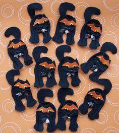 Crack of Dawn Crafts: felt finger puppet