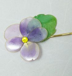 Resin Flower Kanzashi Floral Hair Accessory Bobby by HanamiGallery
