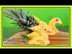 ItalyPaul - Art In Fruit & Vegetable Carving Lessons: Art In Pineapple Show - Fruit Carving Yellow Duck Tutorial - Pineapple Duck Carving Garnish - Vegetable and Fruit Carving Free Lessons © Original works The Art of ItalyPaul Carving Pineapple Yellow, Pineapple Art, Vegetable Decoration, Food Decoration, Amazing Food Art, How To Make Rose, Creative Food Art, Fruit And Vegetable Carving, Fruit Decorations