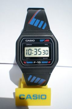 CASIO photo by super_hectorus Casio Vintage Watch, Vintage Seiko Watches, Retro Watches, Casio Watch, Watches For Men, Nerd Chic, Game & Watch, G Shock, Digital Watch