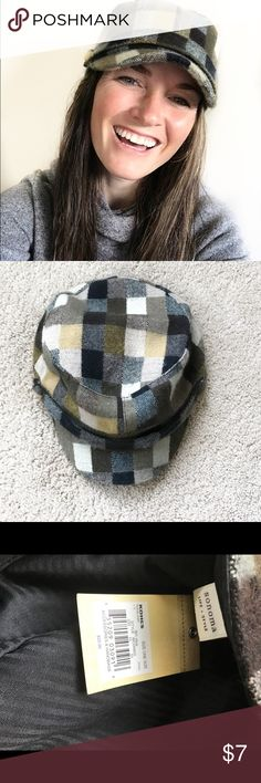 Flannel Hat Sonoma Green Flannel Hat with Bill. Warm and Cozy but also stylish. Never worn... still has Tags Sonoma Accessories Hats