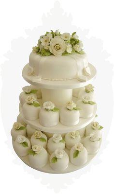 White roses cakes