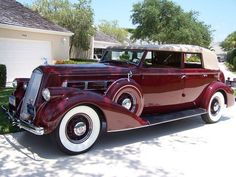 1936 Pierce-Arrow convertible sedan