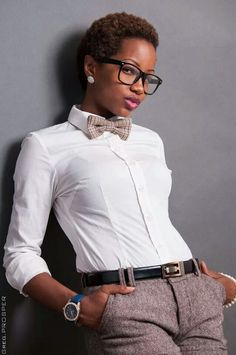 Black Culture: Yeah, she fly. Trajes Business Casual, Estilo Tomboy, Natural Hair Styles, Short Hair Styles, Mode Costume, Look Fashion, Womens Fashion, Fashion Black, Pelo Afro