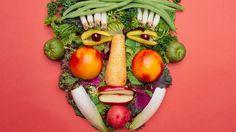 Principio básico de #alimentación: 5 porciones de fruta o de verdura al día  y comer ordenadamente siguiendo horarios y proporciones te ayudarán a mantener una #dieta saludable