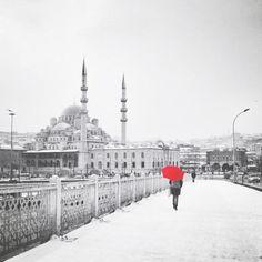 İstanbul by Sezgi Olgaç
