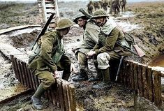 WW1 – British soldiers. (Colourized photo)