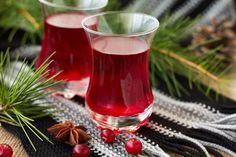 Домашнее вино из клюквы – 4 рецепта по винодельческой технологии. Рецепт клюквенного вина с черной смородиной, вино из сушеной клюквы в домашних условиях.