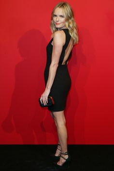 She may have dated ASkars and I'll always envy her for that, but Kate Bosworth rocks this LBD.