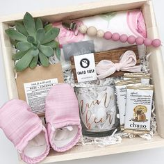 Baby gift box, baby gift, new mom gift, shower gift, shower gift bow, baby shower gift, baby gift basket, little girl gift, baby girl gift basket