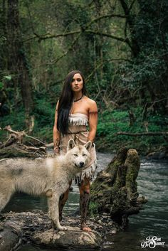A Perfect Pocahontas Cosplay