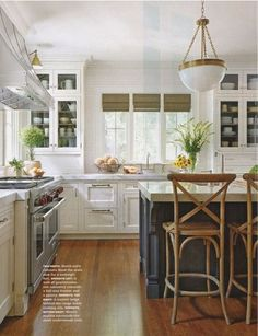 Perfect Kitchen lighting - chandy and sconce: Kitchens & Dining Rooms - Emily A. Clark
