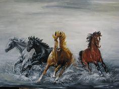 Ideas for each plastic DIY - Joanna Wajdenfeld: IMAGES OF HORSES