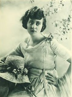Sylvia Breamer 1897-