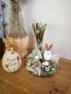 Osterdeko - Hase Rudi - ein Designerstück von TinaKreativ bei DaWanda Designer, Christmas Ornaments, Holiday Decor, Home Decor, Bunny, Easter Activities, Decoration Home, Room Decor, Christmas Jewelry