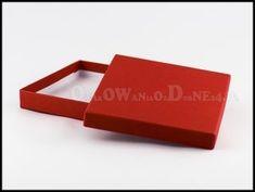 Czerwone pudełko ozdobne