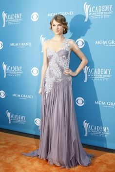 I would gladly wear one of Taylor Swift's red carpet dresses to prom. They're all so beautiful :)