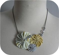 These DIY necklaces are adorable!  I think I'd need Bryn's help!