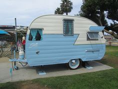 Shasta Trailer in White and Baby Blue - 1956