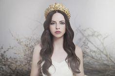 victoria-novak-bridal-floral-gold-wreath-crown-accessories-hair7