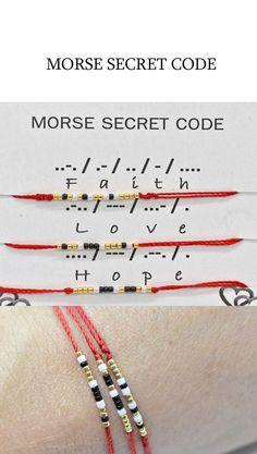 Candy Bracelet, Red String Bracelet, Bracelet Crafts, Jewelry Crafts, Diy Bracelets With String, Bracelet Knots, Slide Knot Bracelet, Colorful Bracelets, Beaded Crafts