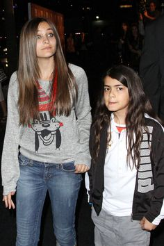 Paris Jackson with Blanket... People say I look like her... especially the eyes.