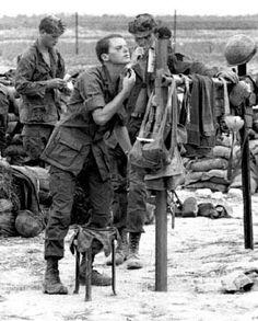 patrol base diamond 2 | ... troops of the 25th Infantry Division, Patrol Base Diamond II, Vietnam
