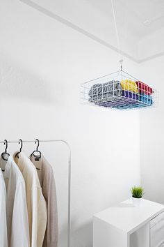hangingsystem Dalt storage hanging to save space in small apartments