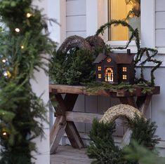 Ladder Decor, Table Decorations, Garden, Furniture, Home Decor, Homemade Home Decor, Garten, Home Furnishings, Lawn And Garden